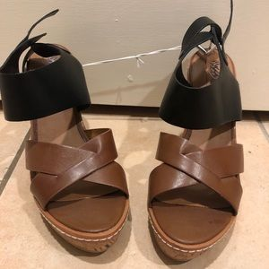 Mossimo Target black leather brown leather wedges